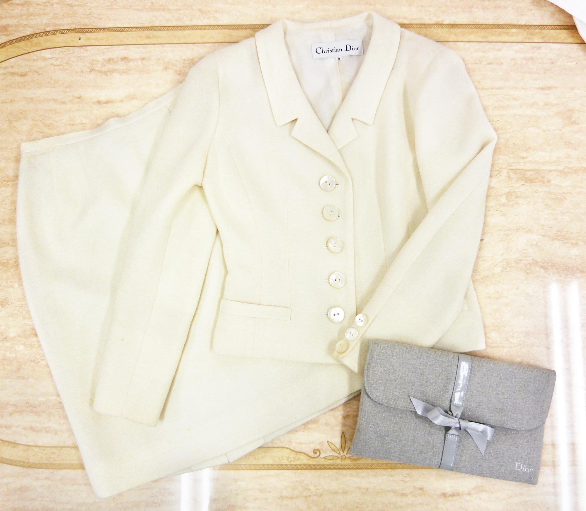 Christian Dior(クリスチャン・ディオール) アイボリー レディース スーツセットアップ(ジャケット&スカート)【中古/良品】の商品画像